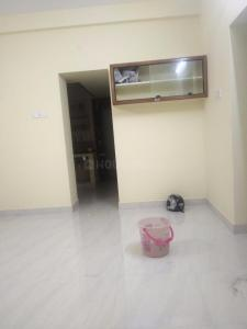 Gallery Cover Image of 880 Sq.ft 2 BHK Apartment for rent in Kattupakkam for 12000