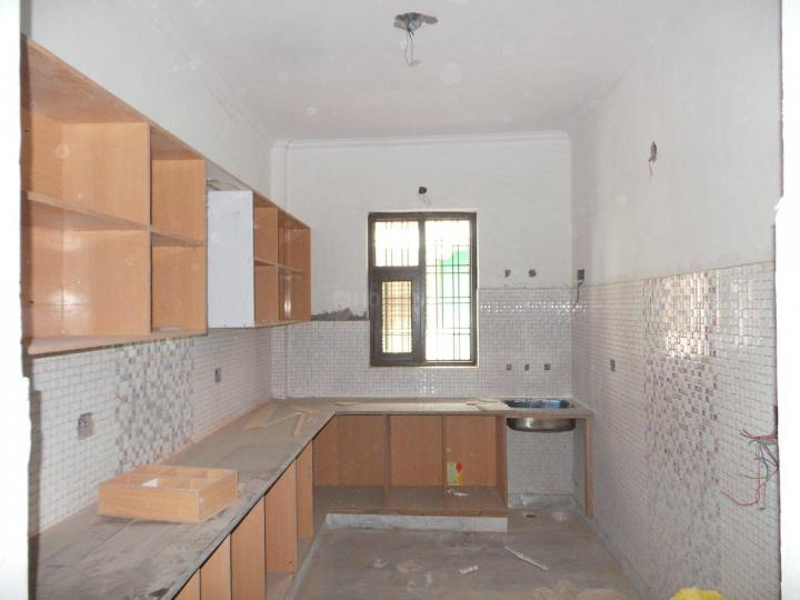 Kitchen Image of 1200 Sq.ft 3 BHK Apartment for buy in Sector 35 for 7500000