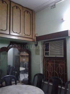 Gallery Cover Image of 500 Sq.ft 1 BHK Independent Floor for rent in Behala for 5600