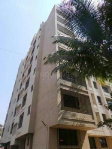Gallery Cover Image of 850 Sq.ft 2 BHK Apartment for rent in Malad East for 40000