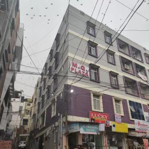 Gallery Cover Image of 1200 Sq.ft 2 BHK Apartment for rent in Murad Nagar for 14000