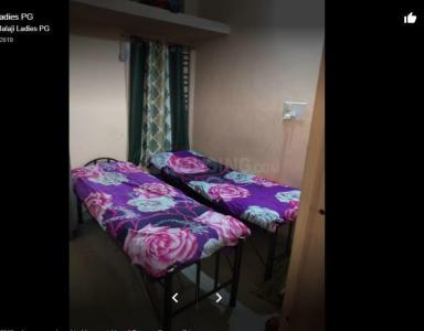 Bedroom Image of Sri Balaji Deluxe Ladies PG in Hongasandra