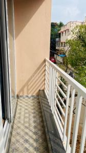 Balcony Image of Oak Woods PG in Ulsoor