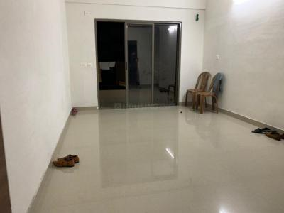 Gallery Cover Image of 900 Sq.ft 3 BHK Apartment for rent in Reekjoyoni for 11000