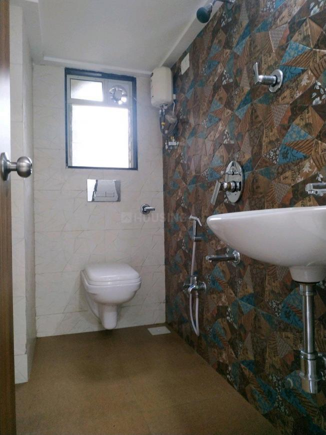 Common Bathroom Image of 1080 Sq.ft 2 BHK Apartment for rent in Whitefield for 19500
