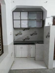 Gallery Cover Image of 800 Sq.ft 2 BHK Independent House for rent in Patel Nagar for 12000