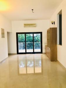 Gallery Cover Image of 2700 Sq.ft 4 BHK Independent Floor for rent in Kotturpuram for 140000