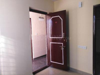Gallery Cover Image of 500 Sq.ft 1 BHK Apartment for rent in S.G. Palya for 9000
