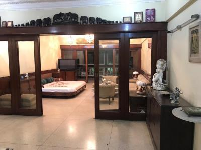 Gallery Cover Image of 3000 Sq.ft 4 BHK Apartment for rent in Ballygunge apartment, Ballygunge for 170000