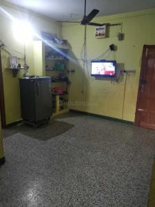 Gallery Cover Image of 700 Sq.ft 2 BHK Apartment for rent in Adambakkam for 12000