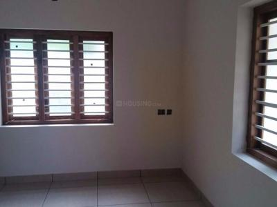 Gallery Cover Image of 1033 Sq.ft 3 BHK Apartment for buy in Kovai Pudur for 4240000