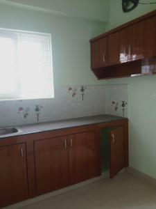 Gallery Cover Image of 1050 Sq.ft 2 BHK Apartment for rent in Nivee Ten Madhapur, Hitech City for 16000
