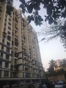 Gallery Cover Image of 1250 Sq.ft 2 BHK Apartment for buy in Neelsidhi Atlantis, Nerul for 17000000
