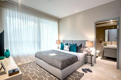 Gallery Cover Image of 1034 Sq.ft 3 BHK Apartment for buy in Oberoi Sky City Tower E, Borivali East for 35500000