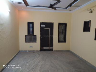 Gallery Cover Image of 700 Sq.ft 2 BHK Independent Floor for rent in Dwarka Mor for 12000