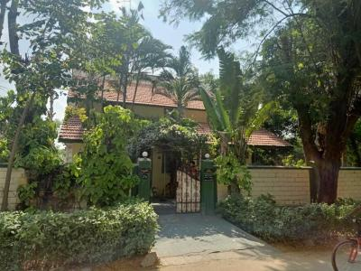 Gallery Cover Image of 9000 Sq.ft 3 BHK Villa for buy in Tummalagunta for 55000000