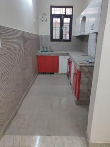 Gallery Cover Image of 900 Sq.ft 2 BHK Apartment for rent in Sector 31 for 15000
