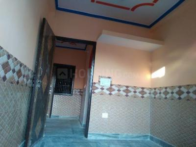 Gallery Cover Image of 600 Sq.ft 2 BHK Independent Floor for rent in Shahdara for 10000