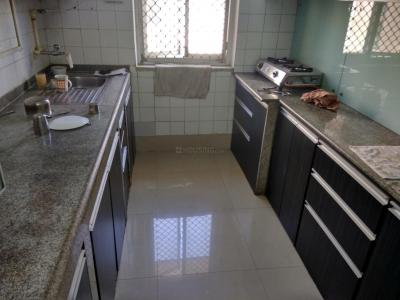 Gallery Cover Image of 350 Sq.ft 1 RK Apartment for rent in Colaba for 52000