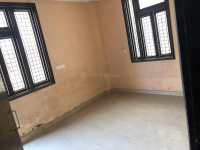 Gallery Cover Image of 700 Sq.ft 2 BHK Independent Floor for rent in Dwarka Mor for 9000