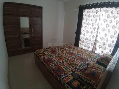 Gallery Cover Image of 944 Sq.ft 2 BHK Apartment for rent in Kasarvadavali, Thane West for 17000