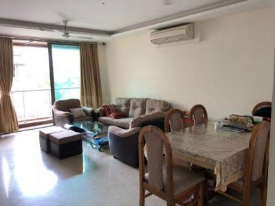 Gallery Cover Image of 1800 Sq.ft 3 BHK Apartment for rent in Khar West for 140000