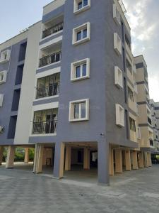 Gallery Cover Image of 960 Sq.ft 2 BHK Apartment for buy in Vanagaram  for 4300000