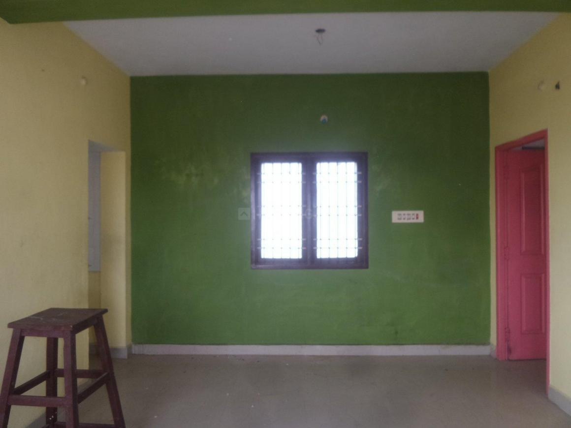 Living Room Image of 900 Sq.ft 2 BHK Apartment for rent in Ambattur for 7000