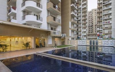 Gallery Cover Image of 1695 Sq.ft 3 BHK Apartment for buy in Express Zenith, Sector 77 for 8915000