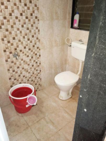 ठाणे वेस्ट में फ्रेस्को सेरविसेस के बाथरूम की तस्वीर
