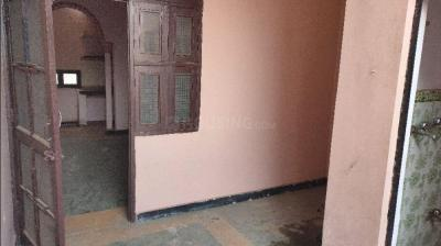 Gallery Cover Image of 324 Sq.ft 1 BHK Independent House for rent in Sector 3 for 3500