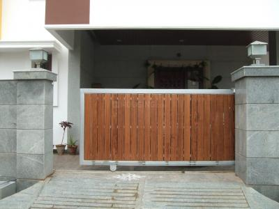 Gallery Cover Image of 4000 Sq.ft 7 BHK Independent House for buy in Tiruchanur for 43000000