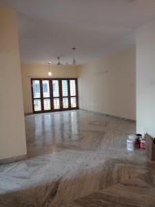 Gallery Cover Image of 1800 Sq.ft 3 BHK Apartment for rent in Shanti Nagar for 35000
