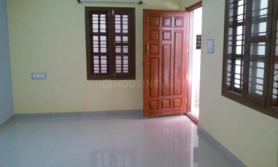 Gallery Cover Image of 1000 Sq.ft 2 BHK Apartment for rent in Vaswani Reserve, Kadubeesanahalli for 21000