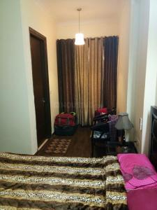 Gallery Cover Image of 594 Sq.ft 1 BHK Independent Floor for rent in Sun City, Sector 54 for 20000