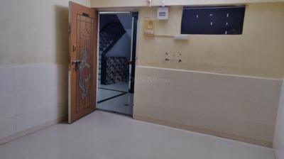 Gallery Cover Image of 300 Sq.ft 1 RK Apartment for rent in Jogeshwari East for 14000