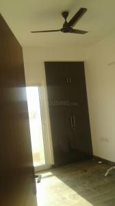Gallery Cover Image of 1350 Sq.ft 3 BHK Apartment for rent in Noida Extension for 10000