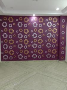 Gallery Cover Image of 950 Sq.ft 3 BHK Independent Floor for buy in Dwarka Mor for 5765000