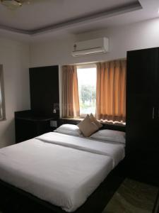 Gallery Cover Image of 1200 Sq.ft 2 BHK Apartment for rent in Tata Housing Avenida, New Town for 36000