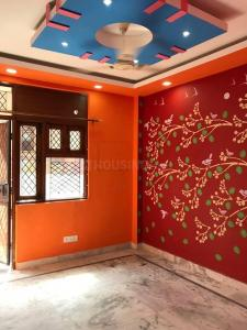 Gallery Cover Image of 900 Sq.ft 3 BHK Independent Floor for buy in Govindpuri for 4500000
