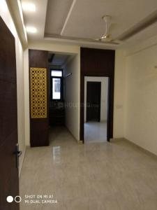 Gallery Cover Image of 1450 Sq.ft 3 BHK Independent Floor for buy in Sector 4 Greater Noida West for 2590000