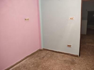 Gallery Cover Image of 550 Sq.ft 1 BHK Independent Floor for rent in Vishnu Garden for 8500