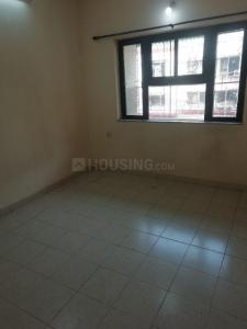 Gallery Cover Image of 1065 Sq.ft 3 BHK Apartment for rent in Lokhandwala Highland, Kandivali East for 34000