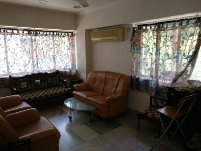 Gallery Cover Image of 700 Sq.ft 1 BHK Apartment for rent in Khar West for 55000