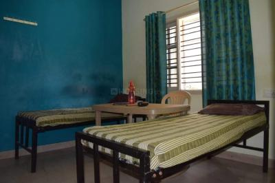 Bedroom Image of Royal Challengers PG For Gent's in Munnekollal