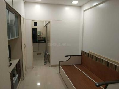 Gallery Cover Image of 355 Sq.ft 1 RK Apartment for rent in Worli for 32000