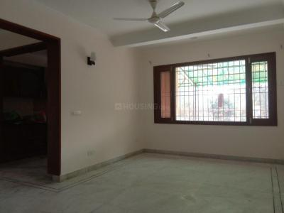 Gallery Cover Image of 1800 Sq.ft 3 BHK Apartment for rent in White House Residency, Sector 19 Dwarka for 30000