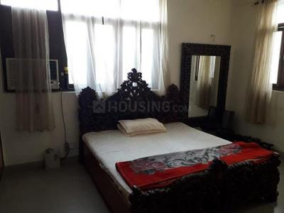 Bedroom Image of Preoccupied Rooms Available In Rajouri Garden For Girls in Rajouri Garden