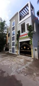 Gallery Cover Image of 1000 Sq.ft 2 BHK Independent House for rent in Kulattur for 12500