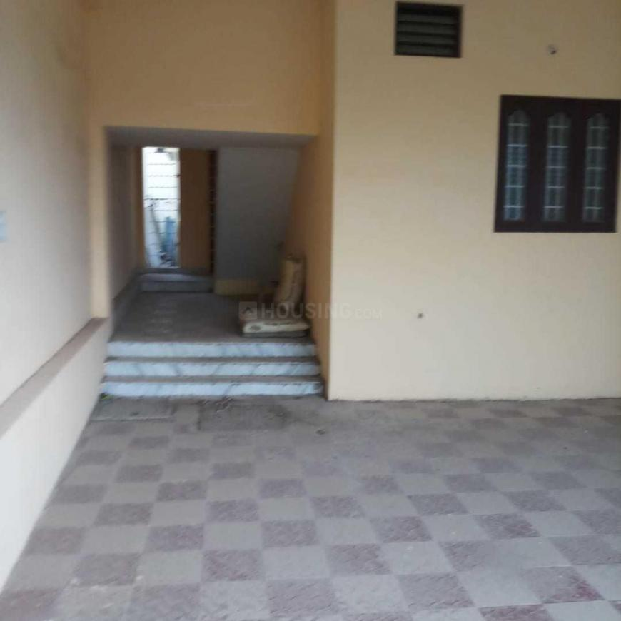 Parking Area Image of 1400 Sq.ft 2 BHK Independent House for buy in Kolathur for 9900000